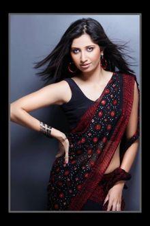 Soniya Singh Pic # 3