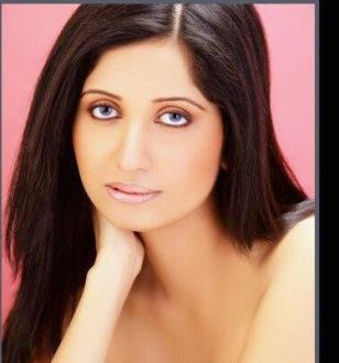 Soniya Singh Pic # 4