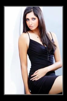 Soniya Singh Pic # 6