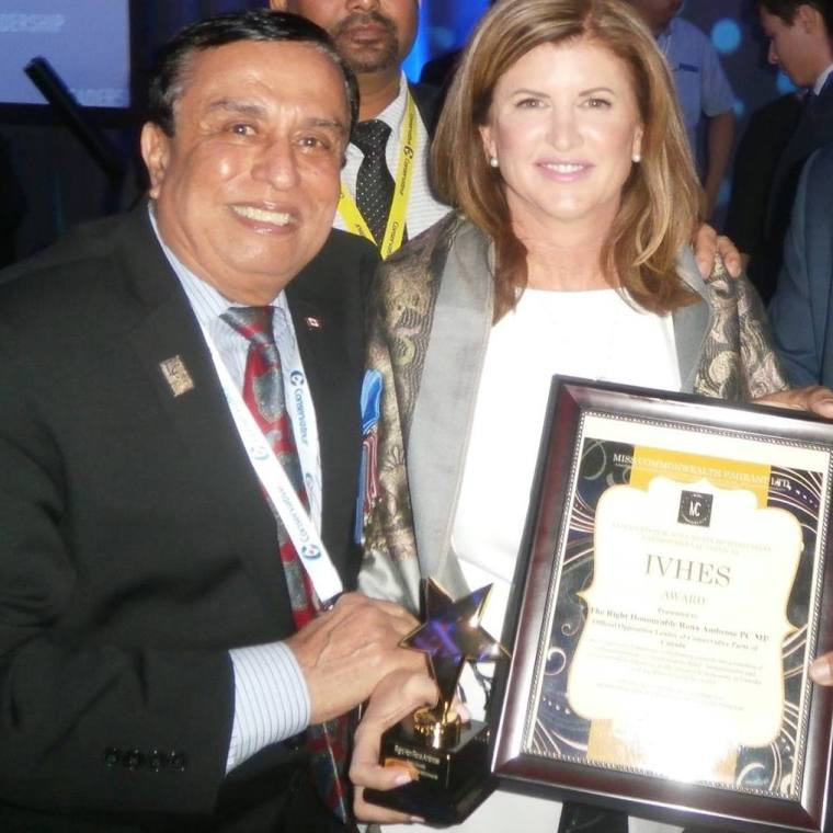 Rona Ambrose & Aspi Awarding IVHES Award May 27, 2017
